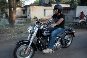 ms-dhoni-and-his-bikes-50ce7f938e5b3-img